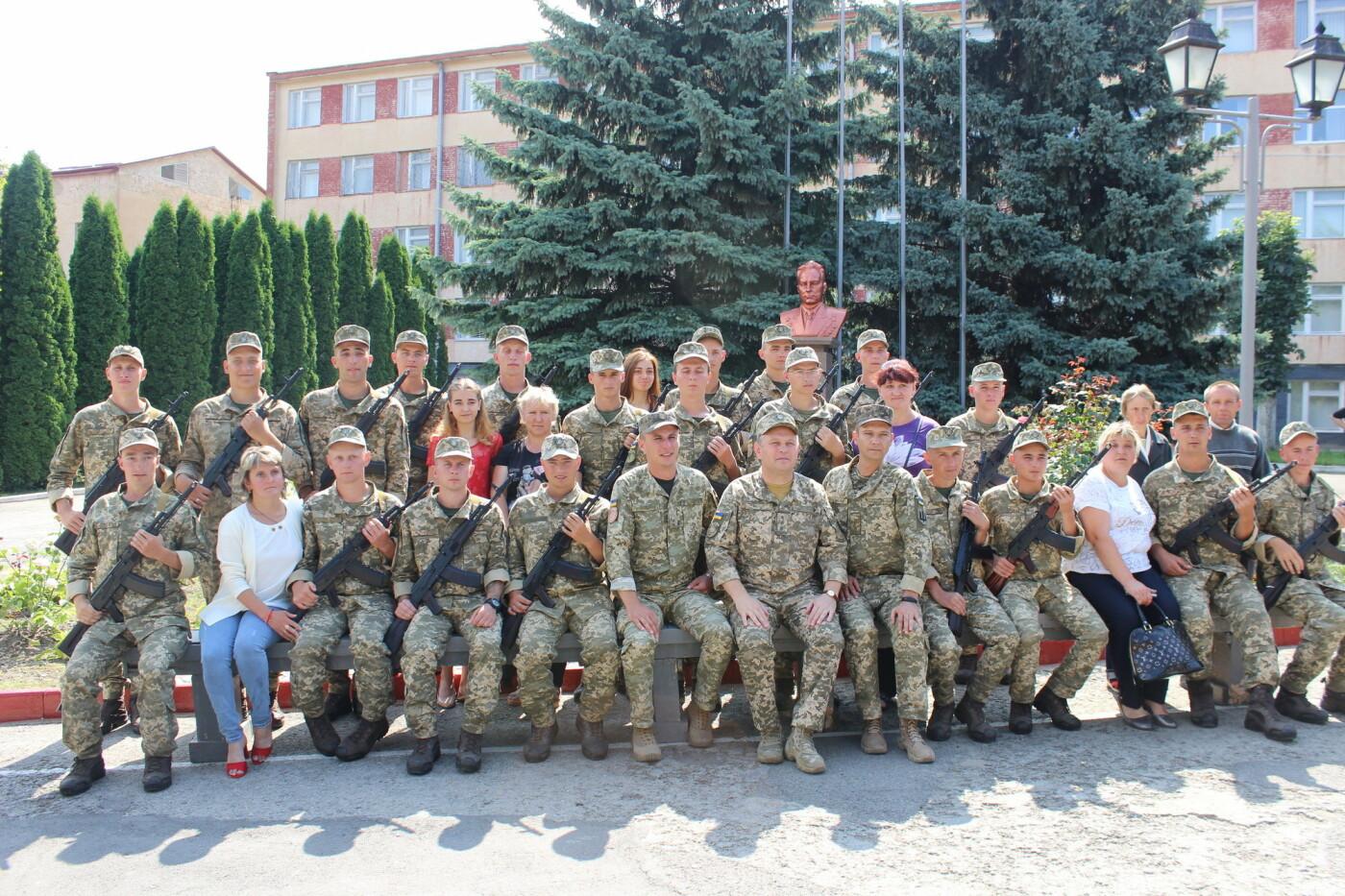 У Кам'янці 240 військовослужбовців склали присягу, фото-19, Фото: Olha Povorozniuk
