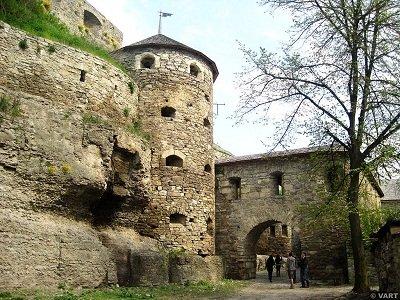ТОП-10 місць, які варто відвідати у Кам'янці-Подільському, фото-6