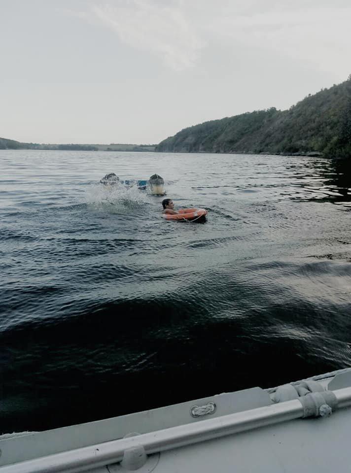 """На річці Смотрич врятували двох чоловіків, фото-3, Фото: """"Служба порятунку 101 Кам'янець-Подільський"""""""