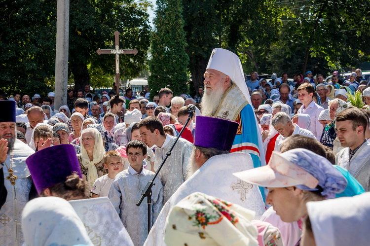 Хресний хід до Почаєва: понад 20 тисяч вірян вийшли з Кам'янця-Подільського, фото-3, Фото: СПЖ