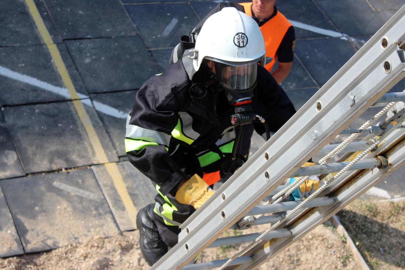 """Кам'янецькі рятувальники вибороли звання """"Найсильніший пожежний-рятувальник"""", фото-9"""