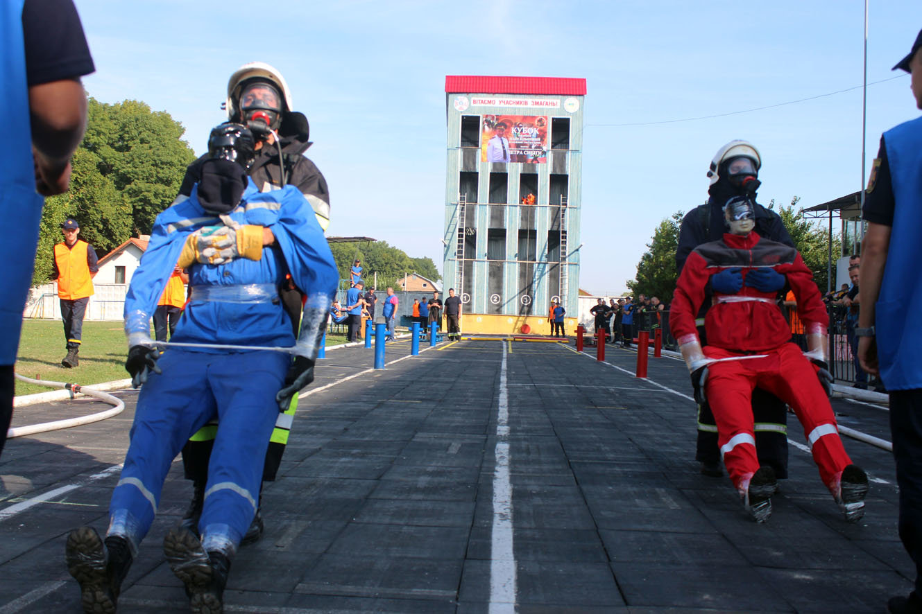 """Кам'янецькі рятувальники вибороли звання """"Найсильніший пожежний-рятувальник"""", фото-10"""