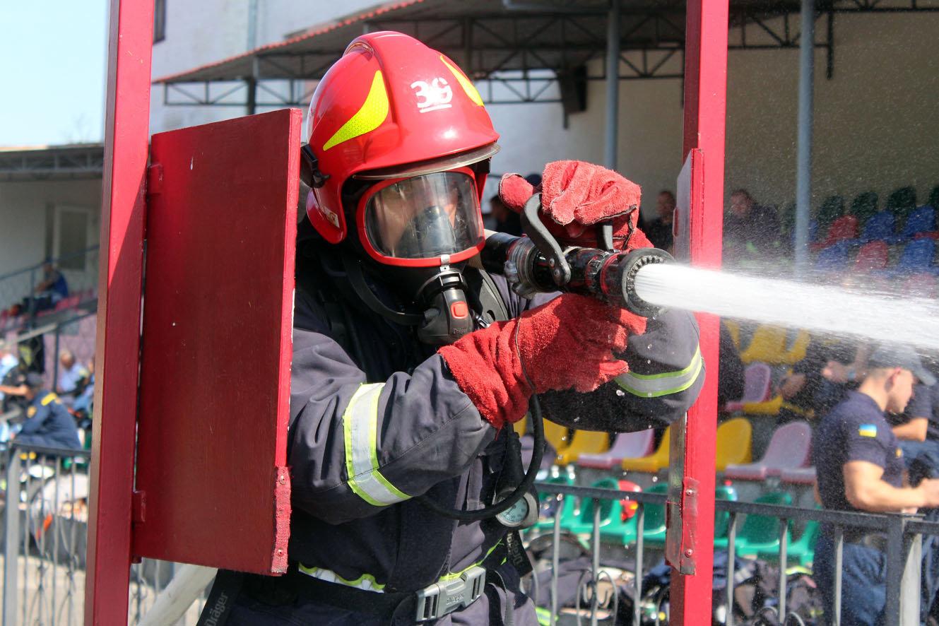 """Кам'янецькі рятувальники вибороли звання """"Найсильніший пожежний-рятувальник"""", фото-16"""