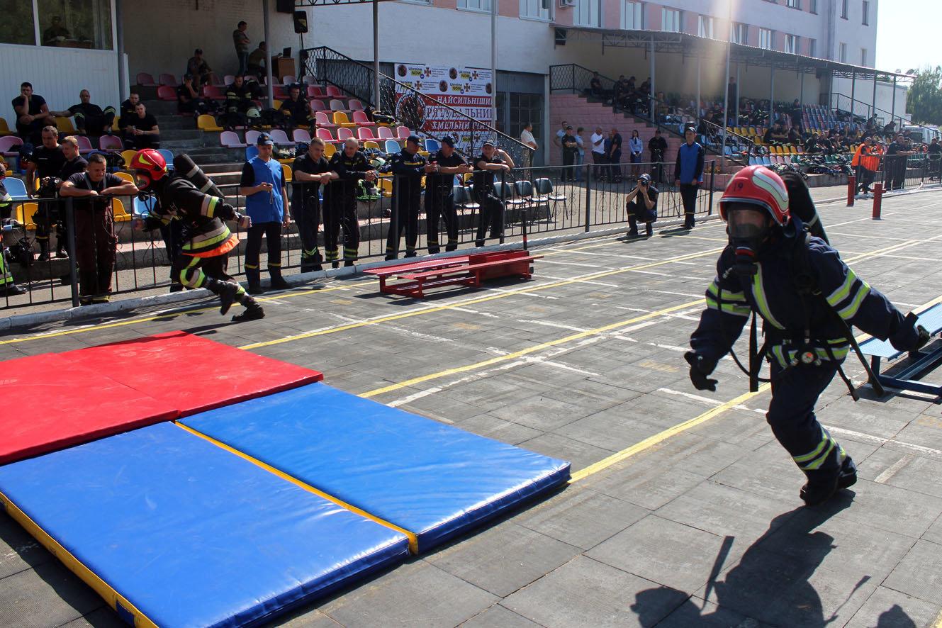 """Кам'янецькі рятувальники вибороли звання """"Найсильніший пожежний-рятувальник"""", фото-17"""