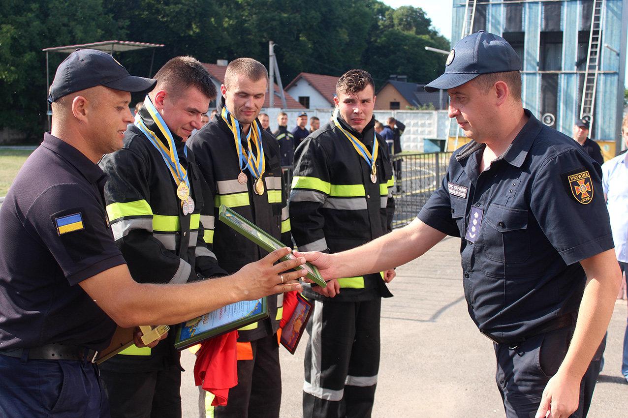 """Кам'янецькі рятувальники вибороли звання """"Найсильніший пожежний-рятувальник"""", фото-20"""