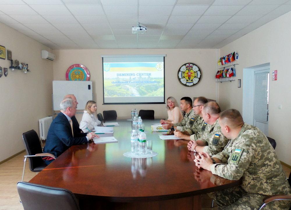 Військові Центру розмінування провели зустріч із представниками Червоного Хреста, фото-1, Фото: Центр розмінування