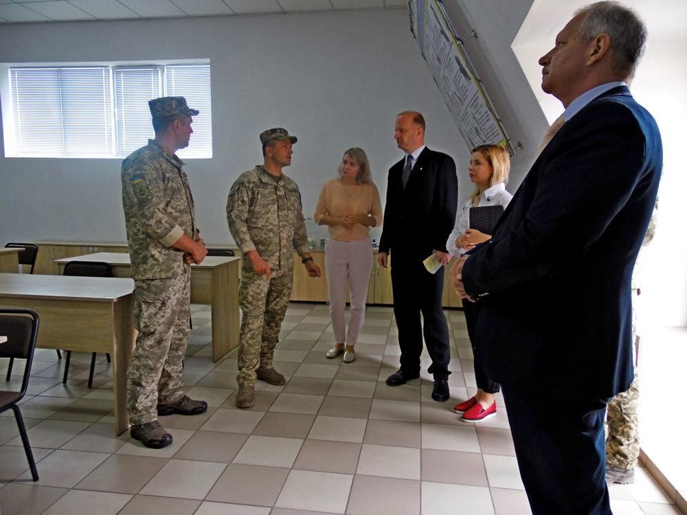 Військові Центру розмінування провели зустріч із представниками Червоного Хреста, фото-4, Фото: Центр розмінування
