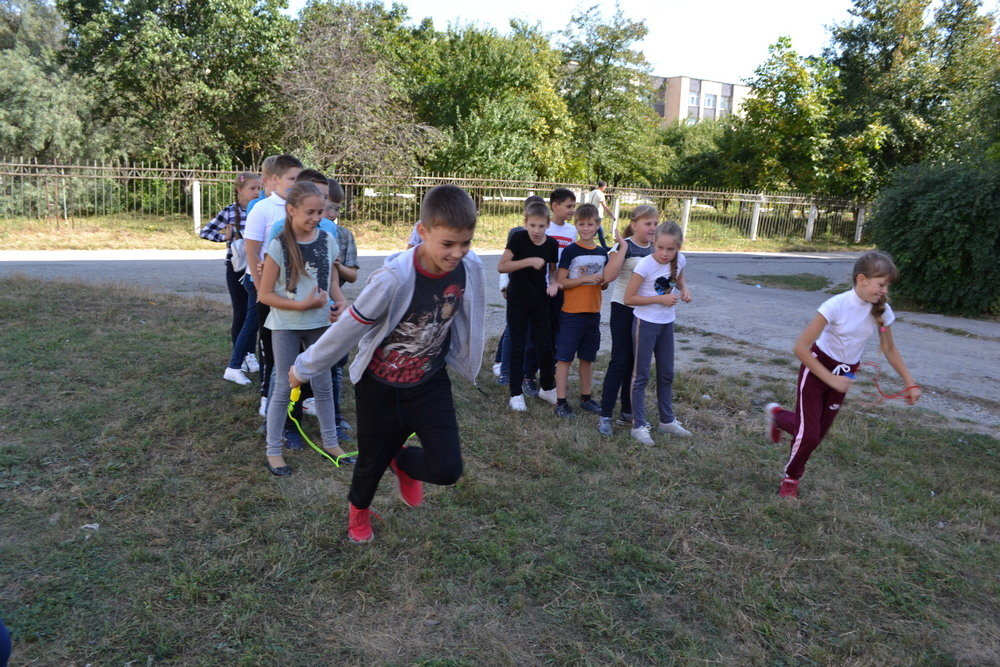 """Школярі міста змагались у грі-конкурсі """"Що я знаю про здоровий спосіб життя?"""", фото-3, Фото: Оксана Манчурак"""
