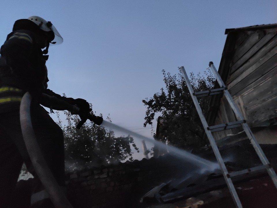 У селі Кам'янка в житловому секторі сталась пожежа, фото-1