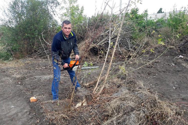 Студенти ПДАТУ впорядкувати могили на території понтонної частини, фото-6, Фото: ПДАТУ