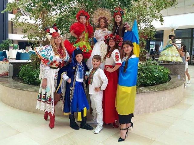 Юні кам'янчани підкорили міжнародний конкурс краси та моди, фото-12, Фото із особистого архіву учасників