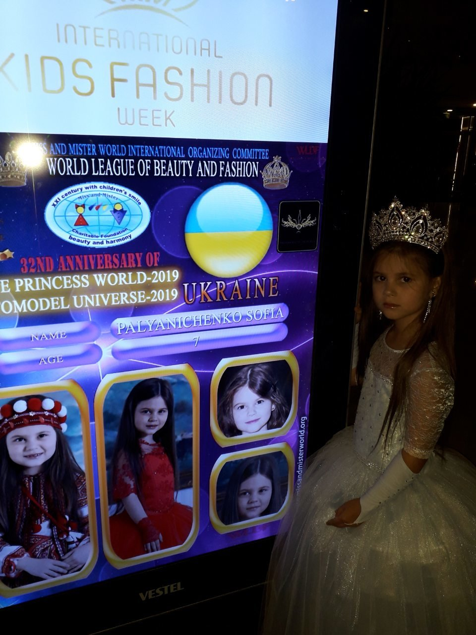 Юні кам'янчани підкорили міжнародний конкурс краси та моди, фото-17, Фото із особистого архіву учасників