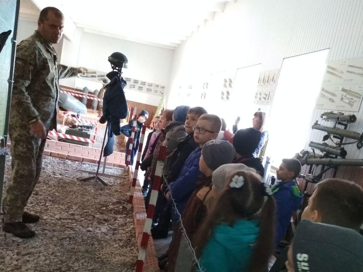 Кам'янецькі військові відкрили двері для юних дослідників, фото-2