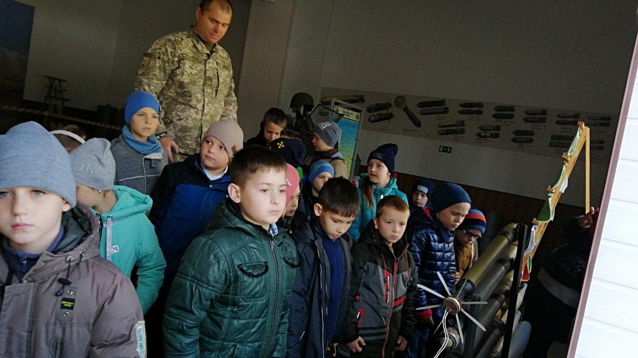 Кам'янецькі військові відкрили двері для юних дослідників, фото-5
