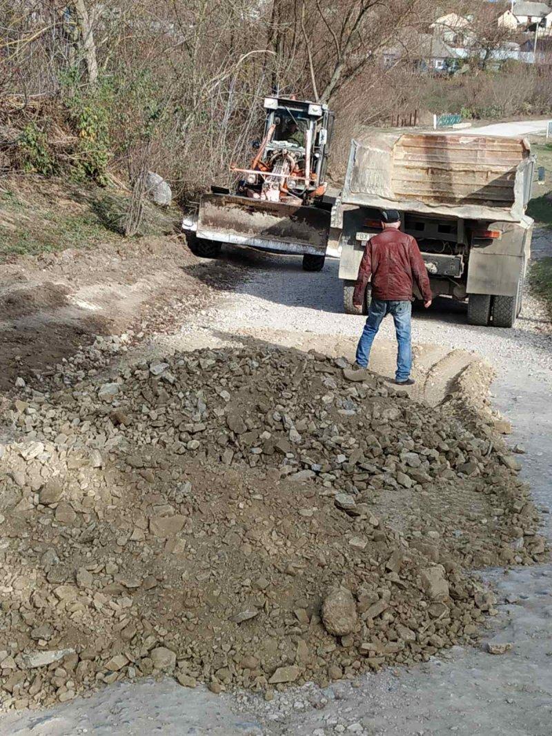 У Ходорівцях відремонтували частину аварійної дороги, фото-2, Фото: Колибаївська громада