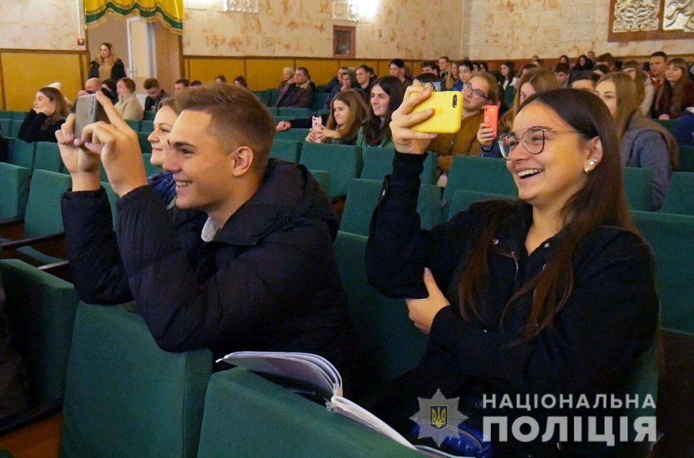 Команда із Кам'янця отримала призове місце у новому сезоні змагань ліги КВК, фото-3