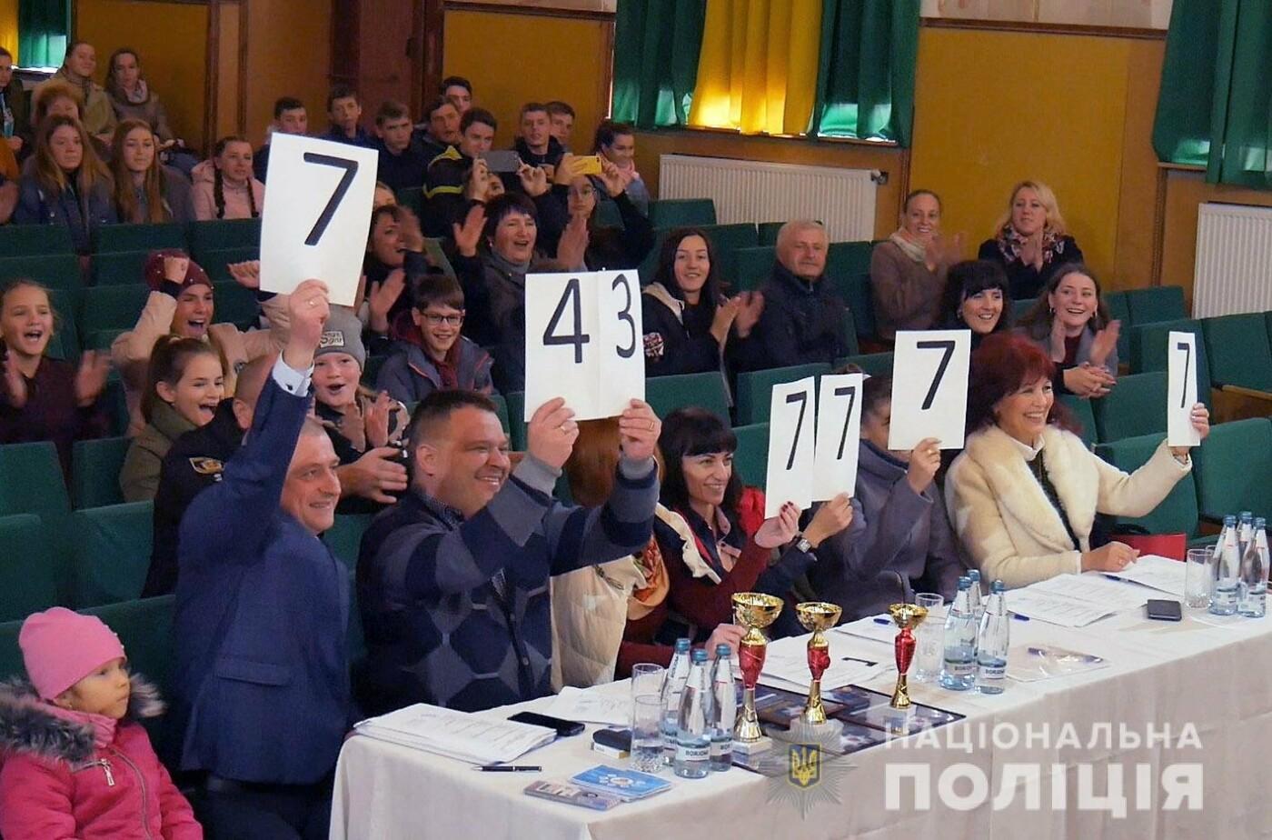Команда із Кам'янця отримала призове місце у новому сезоні змагань ліги КВК, фото-2