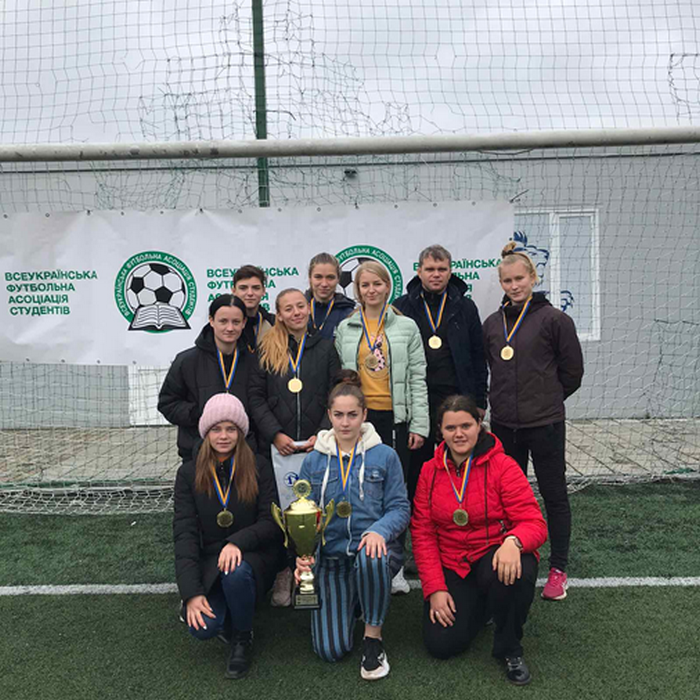 Кам'янецькі студентки взяли участь у Кубку України з футболу, фото-1