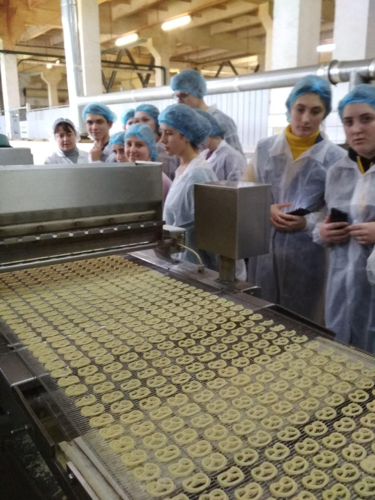 Кам'янецькі студенти познайомились із роботою столичного хлібобулочного підприємства, фото-5, Фото: Харчовий коледж