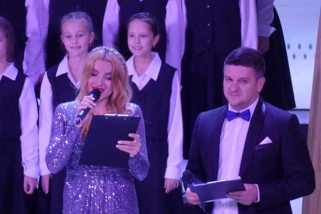 """У Кам'янці хорова капела """"Журавлик"""" відсвяткувала  своє 40-річчя , фото-2, Фото: Міська рада"""