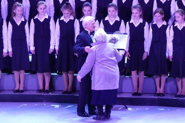 """У Кам'янці хорова капела """"Журавлик"""" відсвяткувала  своє 40-річчя , фото-5, Фото: Міська рада"""