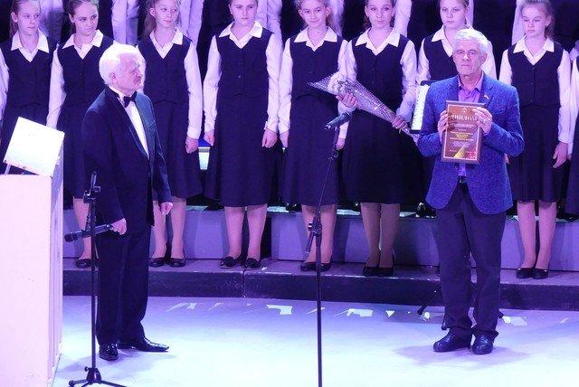 """У Кам'янці хорова капела """"Журавлик"""" відсвяткувала  своє 40-річчя , фото-8, Фото: Міська рада"""