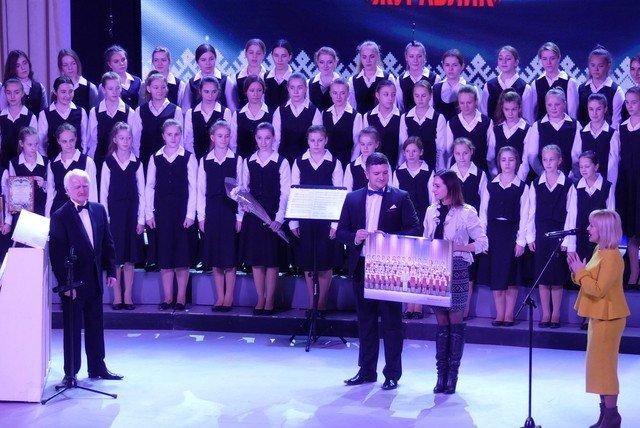 """У Кам'янці хорова капела """"Журавлик"""" відсвяткувала  своє 40-річчя , фото-11, Фото: Міська рада"""