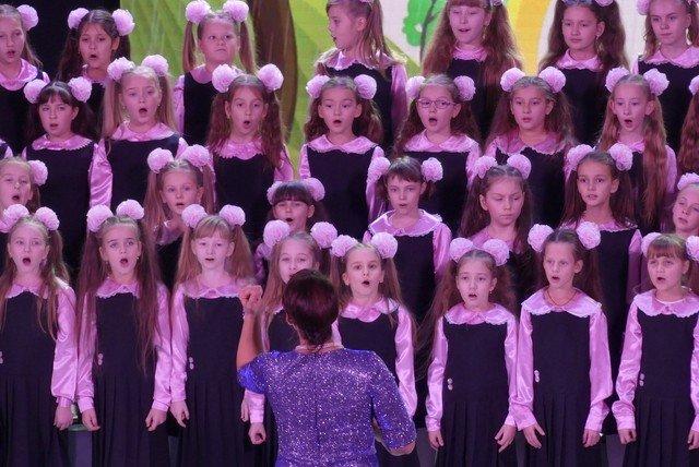 """У Кам'янці хорова капела """"Журавлик"""" відсвяткувала  своє 40-річчя , фото-9, Фото: Міська рада"""