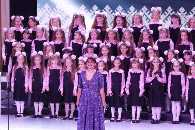 """У Кам'янці хорова капела """"Журавлик"""" відсвяткувала  своє 40-річчя , фото-10, Фото: Міська рада"""