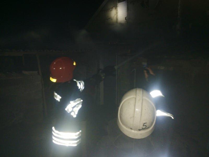 """На Кам'янеччині рятувальники ліквідували пожежу в селі Пудлівці, фото-1, Фото: """"Служба порятунку 101 Кам'янець-Подільський"""""""