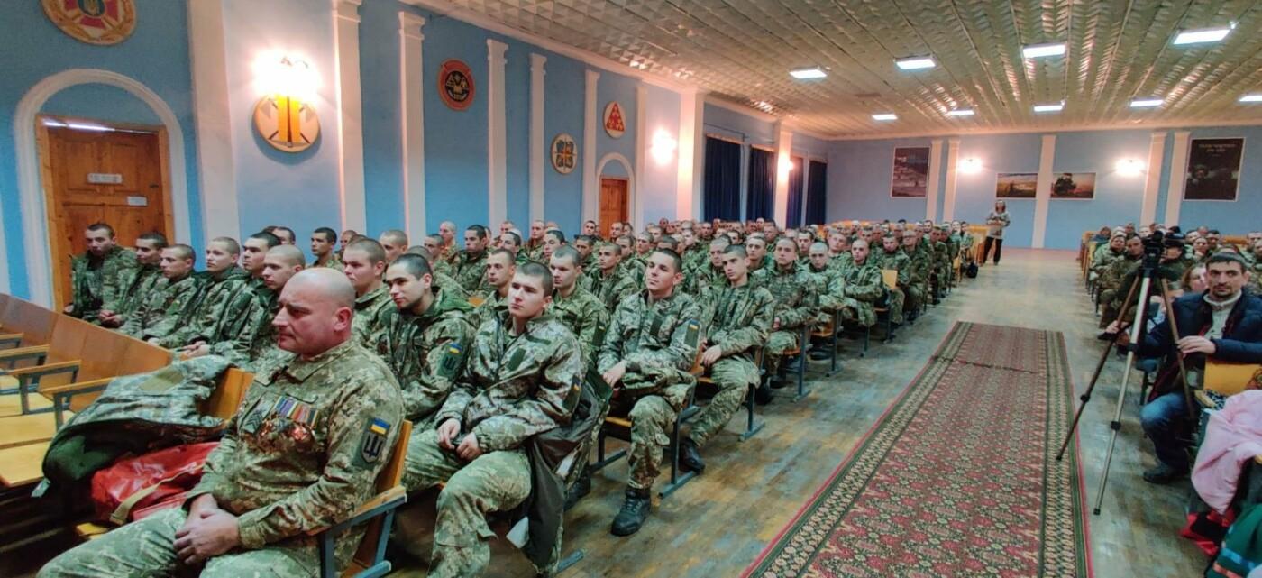 Вихованці НВК №9 привітали військовослужбовців з прийдешніми святами, фото-3, Фото: Центр розмінування