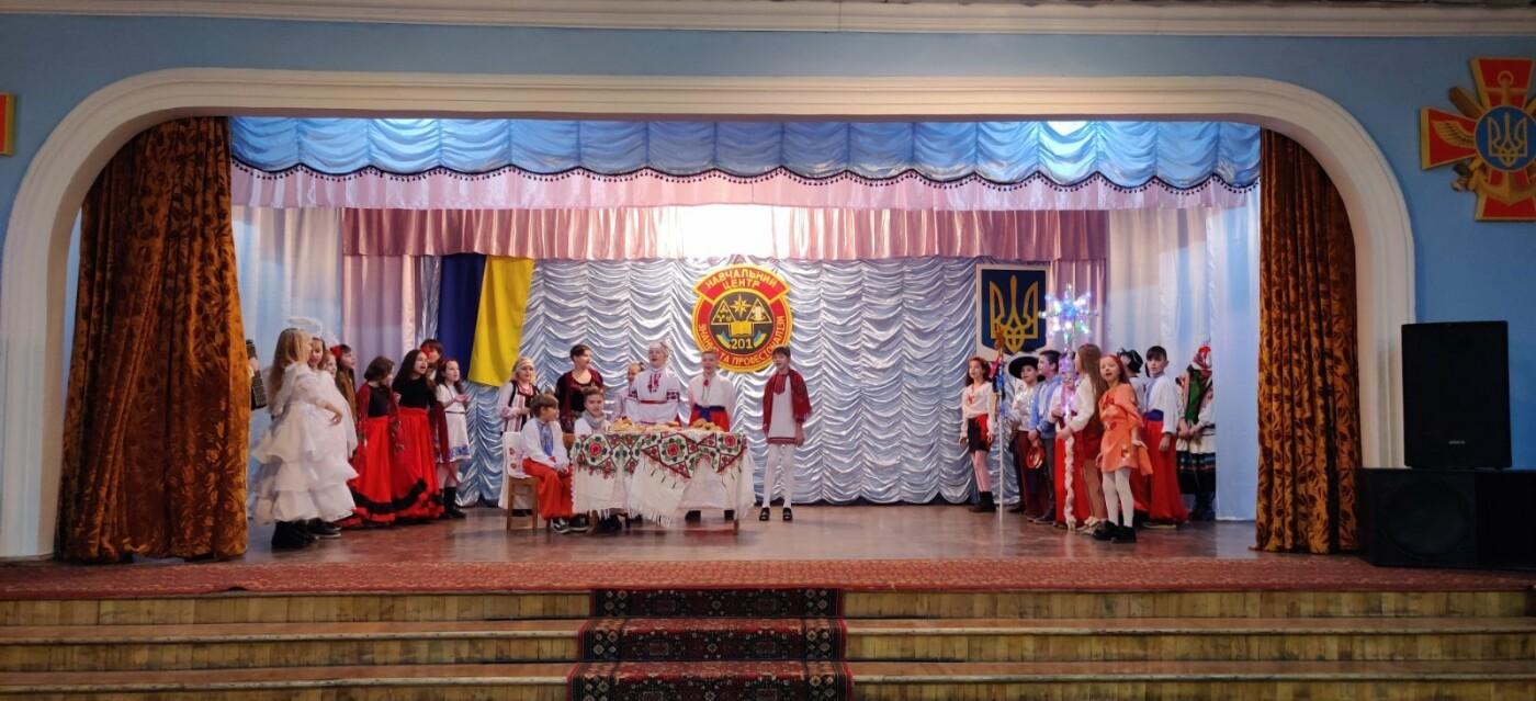 Вихованці НВК №9 привітали військовослужбовців з прийдешніми святами, фото-7, Фото: Центр розмінування