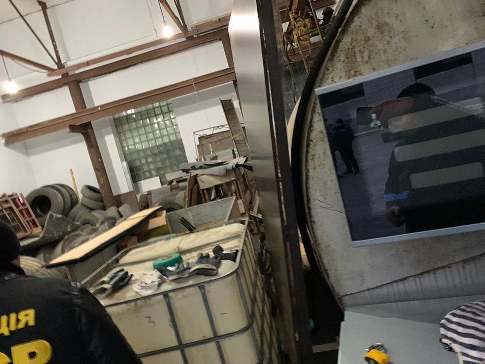 У Кам'янці-Подільському виявили незаконну АЗС, фото-2, Фото: Територіальні орагни ДФС у Хмельницькій області