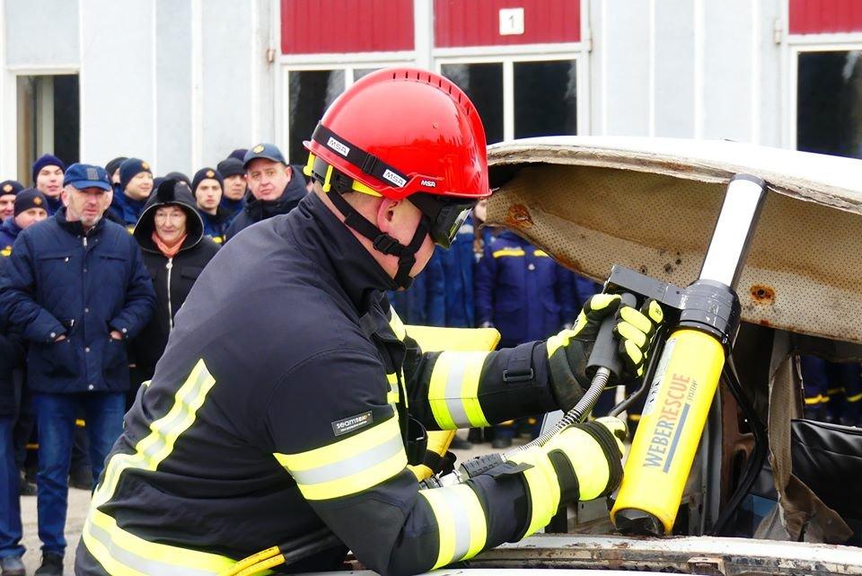 """У кам'янецьких рятувальників оновлення автопарку, фото-9, Фото: """"Служба порятунку 101 Кам'янця-Подільського"""""""