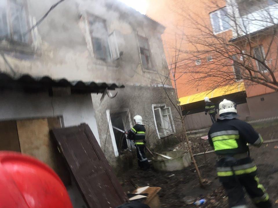 """У Кам'янці-Подільському приборкали вогонь у житловому будинку , фото-7, Фото: """"Служба порятунку 101 Кам'янець-Подільський"""""""