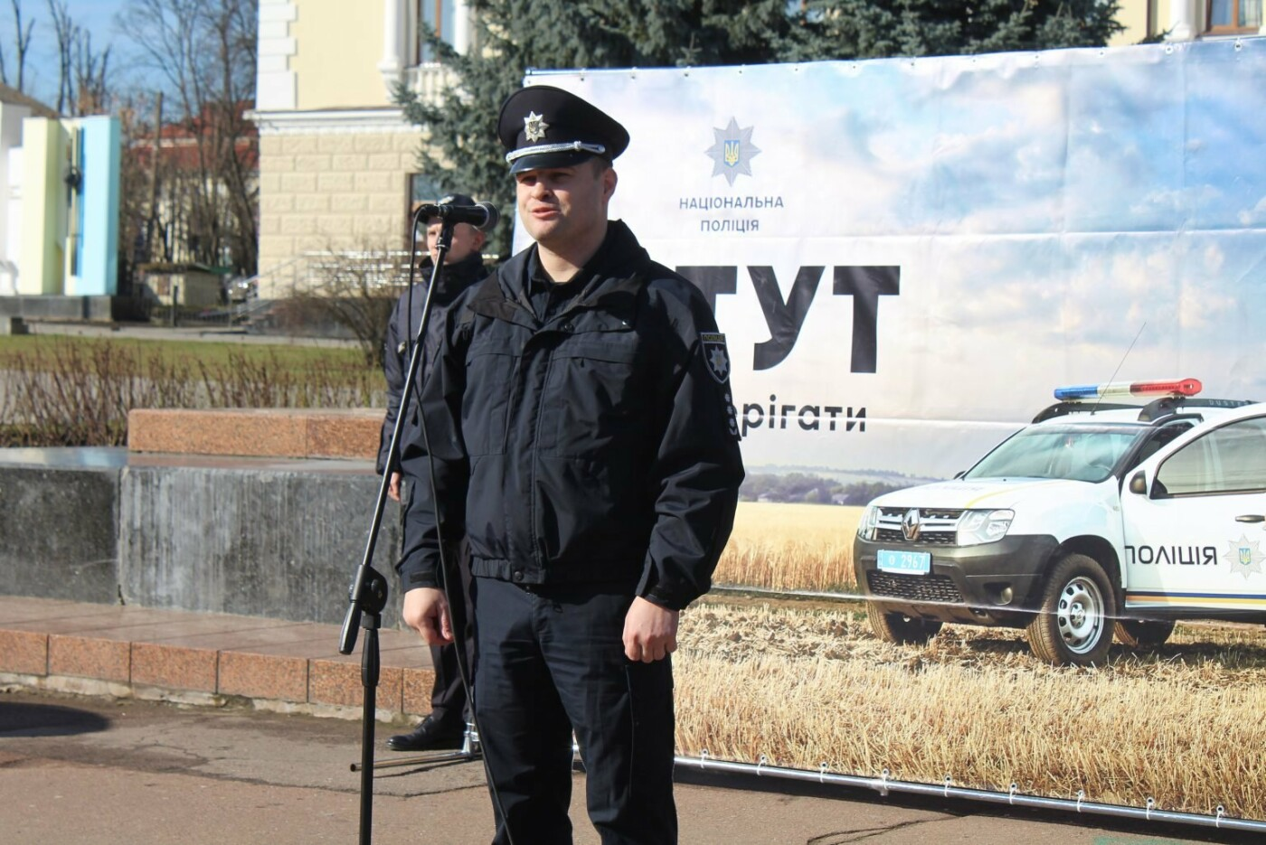 Поліцейські офіцери громади Кам'янеччини отримали службові автомобілі, фото-1, Фото: Хмельницька ОДА