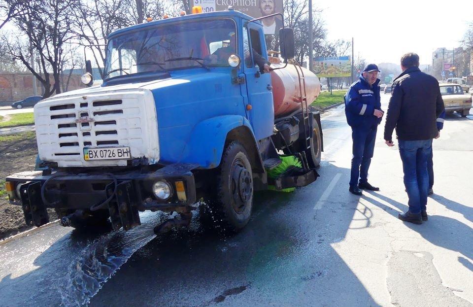 У Кам'янці-Подільському розпочато планове миття вулиць, фото-1, Фото: Кам'янець-Подільська міська рада