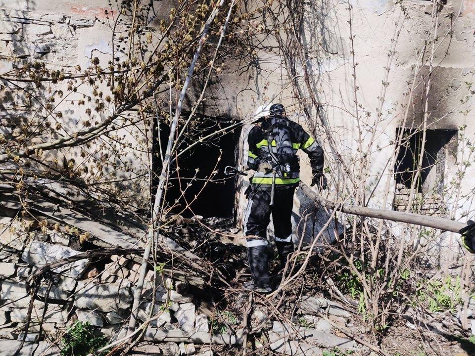 У Кам'янці рятували від вогню приватний житловий будинок, фото-4, Фото: ГУ ДСНС України у Хмельницькій області