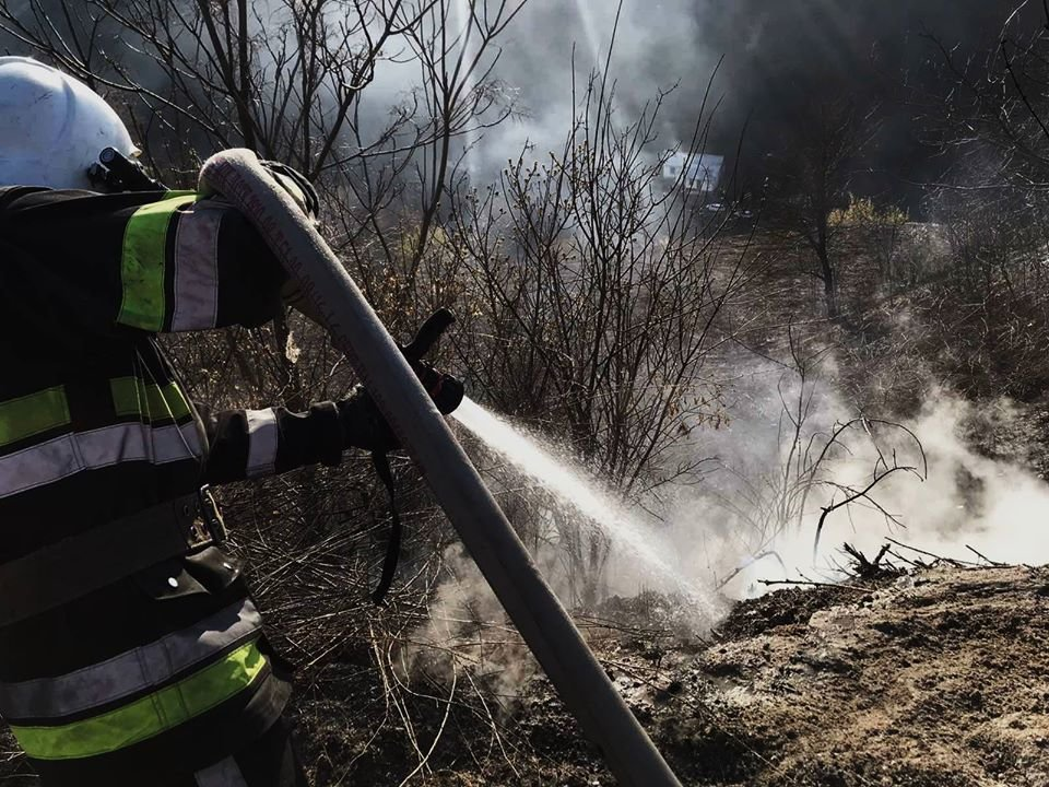 На Кам'янеччині рятувальники ліквідували загоряння сухої трави, фото-6, Фото: ГУ ДСНС України у Хмельницькій області