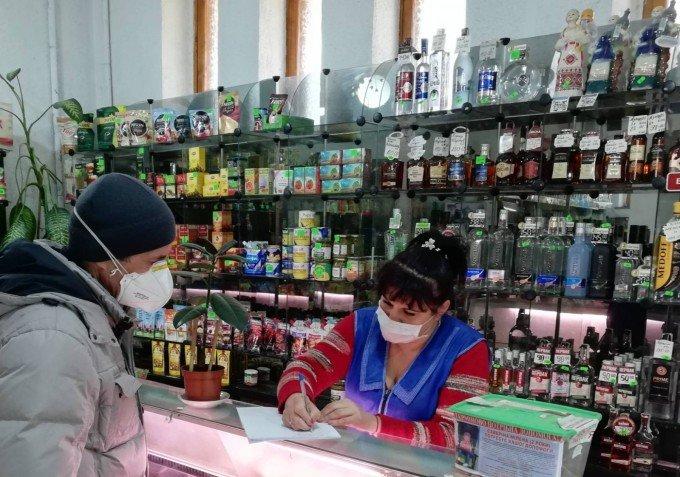 У Кам'янці-Подільському та районі проводять профілактичну роботу в закладах торгівлі, фото-3