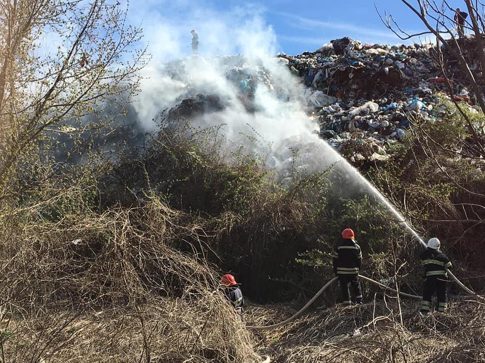 На Кам'янеччині вкотре рятувальники приборкують вогонь , фото-3, Фото: ГУ ДСНС України у Хмельницькій області