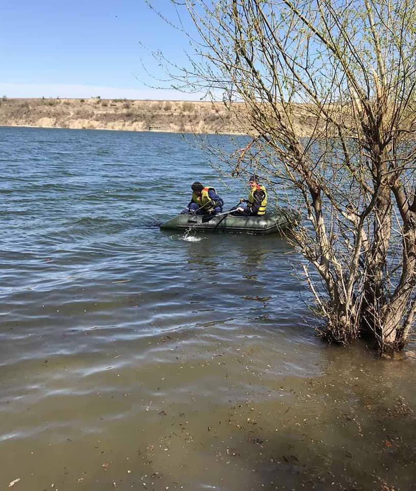 """У річці Дністер рятувальники знайшли тіло пенсіонера, фото-4, Фото: """"Служба порятунку 101 Кам'янець-Подільський"""""""
