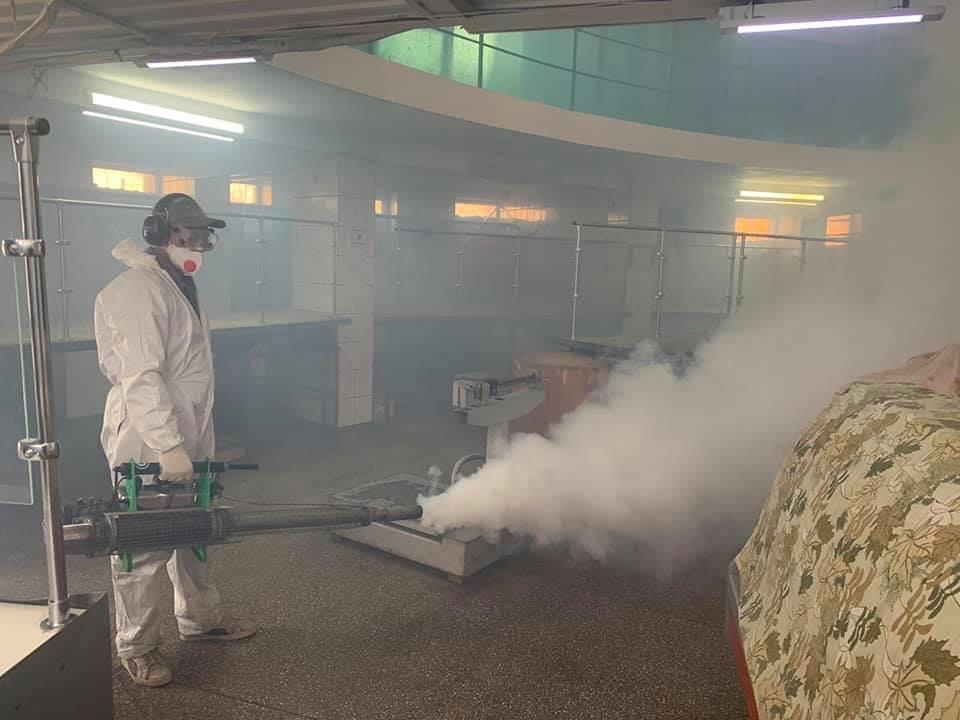 У Кам'янці-Подільському проводиться дезінфекція парогенератором, фото-2, Фото: Михайло Сімашкевич, Фейсбук