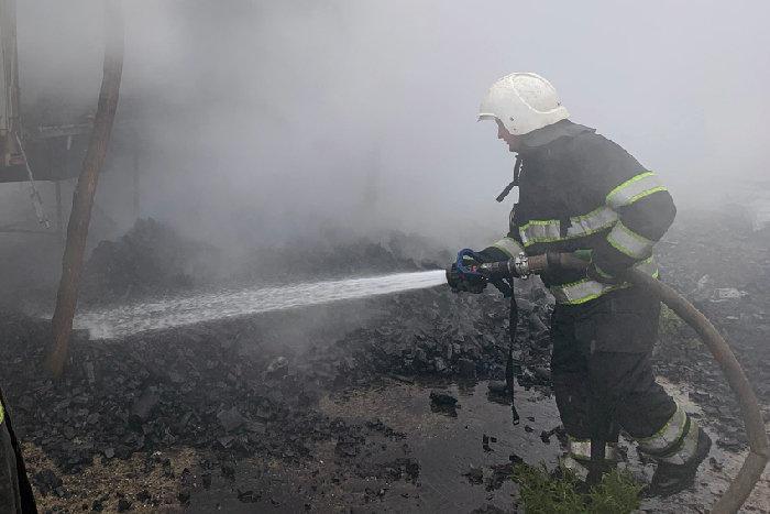 У Супрунківцях загорілось вугілля , фото-1