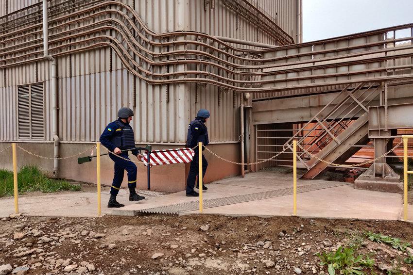 У Кам'янці-Подільському ледь не вибухнув цементний завод, фото-3, Фото: ГУ ДСНС України  у Хмельницькій області