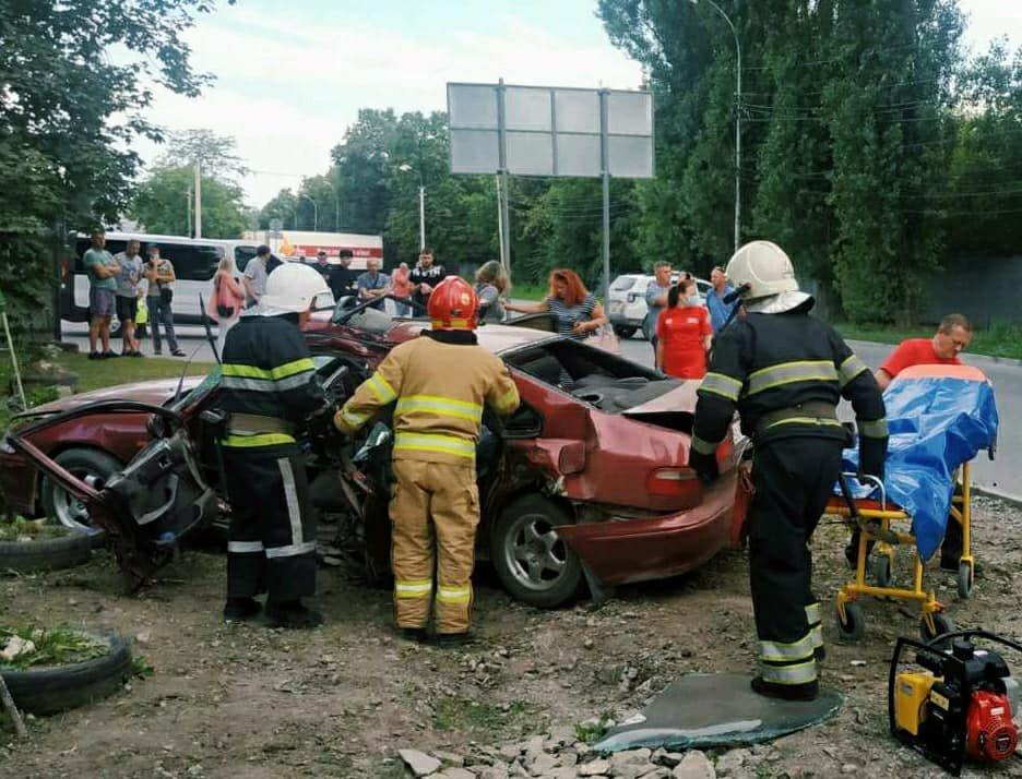 """У Кам'янці-Поділььскому сталась ДТП за участі """"Honda Accord"""" та карети """"швидкої"""", фото-3"""