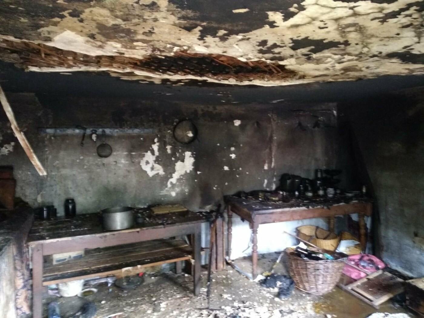 На Кам'янеччині дитячі пустощі спричинили пожежу, фото-1