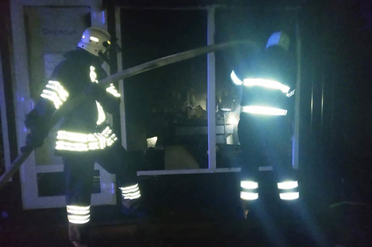 По вулиці Огієнка ліквідовували пожежу, фото-1