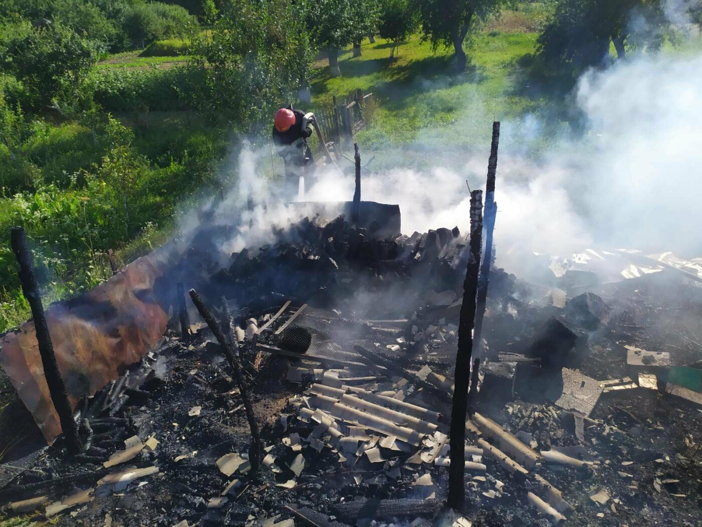 На Кам'янеччині рятувальники приборкували вогонь , фото-1