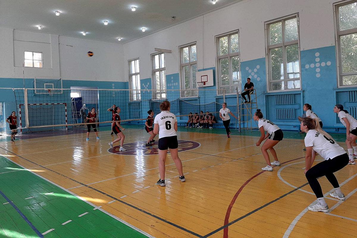 Спортивна кам'янецька молодь змагалася за першість у різних видах спорту, фото-1, Фото: ПДАТУ